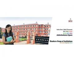 Get regular university degree for BBA / BCA @Rs. 5000/- per ...